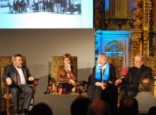 A directora de Turismo de Galicia, Nava Castro, participou na homenaxe celebrada polo aniversario do falecemento de Elías Valiña Sampedro que tivo lugar na Capela Real do Hostal dos Reis Católicos