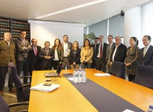 A Xunta e 13 concellos da área de Vigo acordan impulsar a posta en marcha do Plan de Transporte Metropolitano