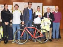 presentación-ciclista-Iván-Roade-nova-fichaxe-Club-Rias-Baixas-Nigrán