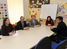 Vicepresidente-Xunta-Alfonso-Rueda-visitou-Centro-Información-Muller-Cangas-recibiu-2014-máis-1.400-consultas-atendeu-360-persoas