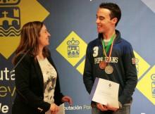 atleta-paralímpico-vigués-Fernando-Costas-subcampión-nacional-absoluto-explica-homenaxe-Deputación-reto-acudir-Olimpíadas-Brasil-2016