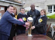 ex-xogador-NBA-Terry-Porter-percorrerá-próximos-días-seis-etapas-último-tramo-Camiño-Francés-cun-fin-promocional-solidario