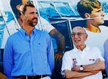 Monte-Real-homenaxea-Rafael-Olmedo-nomeándoo-socio-honra-pondo-seu-nome-unha-regata