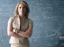 Cultura-Educación-Xunta-conmemora-Gaiás-centenario-teoría-xeral-relatividade-Einstein-Lisa-Randall-científica-feminina-máis-relevante-física-mundial