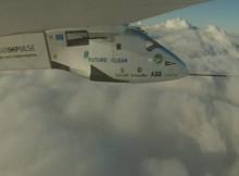 Unha volta ao mundo a favor das tecnoloxías limpas. O avión solar superou o seu maior desafío