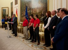 Ministro-Educación-recibe-alumno-CIFP-Compostela-distinguido-medalla-excelencia-campionatos-internacionais-Formación-Profesional