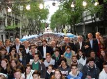 Bos-Aires-Celebra-Galicia-congregou-colectividade-galega-longo-Avenida-Maio-bonaerense