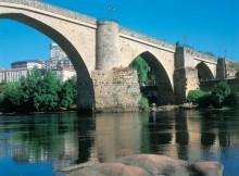Turismo-Galicia-reforza-rede-pública--albergues-Camiño-Santiago-cun-novo-establecemento-centro-Ourense