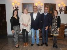 embaixador-EE.UU-España-James-Custos-visita-Baiona-acompañado-pola-emprendedora-comunicadora-estadounidense-Martha-Stewart