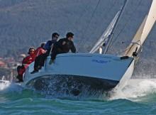 baiona-acolle-este-fin-de-semana-a-segunda-xornada-da-competicion-nautica-organizada-polo-mrcy-para-a-clase-j80