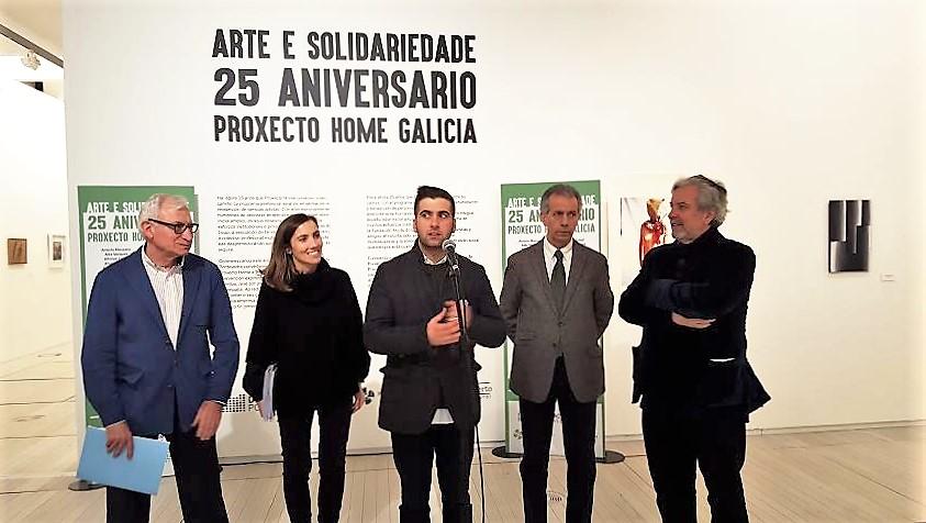 inauguracion-en-pontevedra-da-vii-exposicion-arte-e-solidariedade-proxecto-home