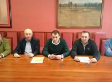 o-concello-de-tui-renova-o-convenio-coa-federacion-galega-de-baloncesto