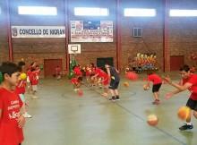 obradoiro-cab-e-asociacion-deportiva-basketgal-firman-en-nigran-un-convenio-de-colaboracion
