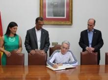 expresidente-de-colombia-alvaro-uribe-visita-baiona-polos-seus-lazos-historicos-con-america