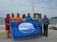 as-bandeiras-azuis-ondean-desde-hoxe-nos-areais-de-patos-e-praia-america-en-nigran