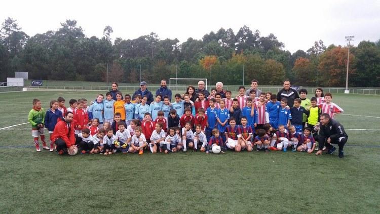 mais-de-1-800-nenos-e-nenas-da-provincia-de-pontevedra-participaran-nas-deporte-escolas-de-futbol-da-deputacion