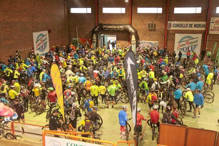 perto-de-500-deportistas-particioaron-na-xi-marcha-btt-trail-concello-de-nigran