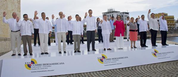 vinte-e-dous-paises-de-iberoamerica-subscribiron-o-pacto-das-mocidades-no-cume-de-xefes-de-estado-e-de-goberno