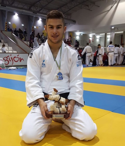 o-judoka-tomines-brais-pereira-medalla-de-ouro-na-copa-de-espana-junior-de-gijon