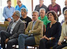 o-vicepresidente-da-xunta-reuniuse-en-tomino-con-representantes-das-asociacions-de-vecinos-beneficiarias-das-axudas-da-administracion