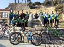 baiona-celebra-nacemento-dun-novo-club-ciclista
