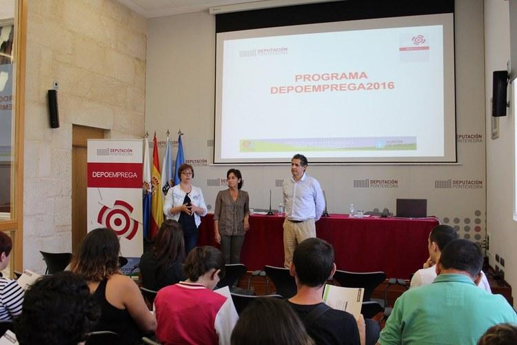 os-participantes-no-depoemprega-2016-reciben-os-seus-diplomas
