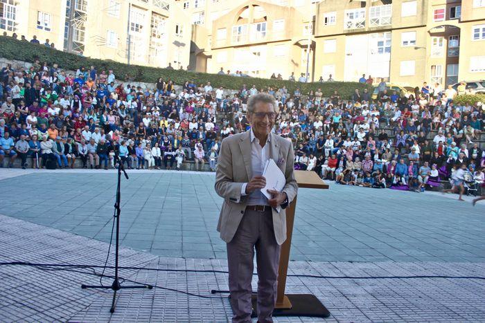 mourino-inaugura-oficialmente-as-festas-do-monte-nun-auditorio-san-bieito-cheo-e-unido-co-celta