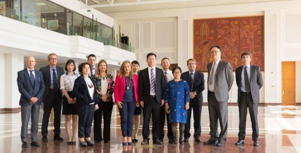 unha-delegacion-da-cidade-chinesa-houshan