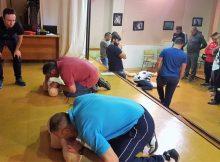 persoal-dos-clubs-deportivos-ges-e-policia-local-da-guarda-participan-nun-taller-reanimacion-cardiopulmonar