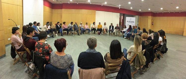 dialogos-educacion-exito-asistencia-na-primeira-charla-dedicada-ao-mindfulness