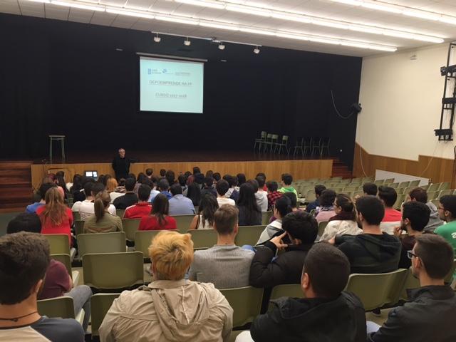 340-persoas-5-concellos-da-provincia-pontevedra-participan-nas-primeiras-charlas-do-programa-depoemprende-na-fp
