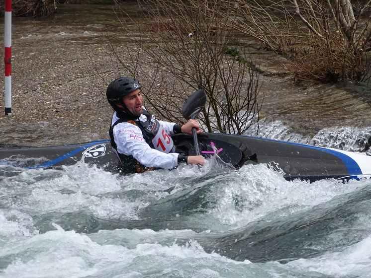 tres-medallas-club-deportivo-mino-os-teixugos-na-ii-copa-espana-slalom