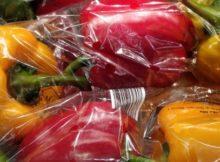 Greenpeace-DesnudaLaFruta enchen as redes de froitas e verduras sobreenvasadas para pedir aos supermercados que eliminen o plástico
