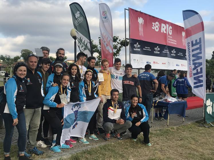 -club-remo-do-mino-de-tui-consegue-cinco-medallas-na-38o-regata-internacional-de-gondomar-portugal