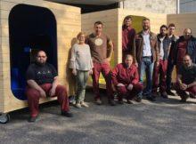 alumnos-do-curso-montaxe-de-mobles-e-elementos-de-carpinteria-do-cmf-de-tui-comezan-as-practicas-en-empresas-da-contorna