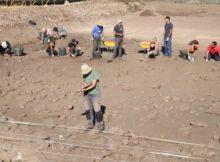 Universitarios de Coimbra, Vigo e Santiago comezaron esta semana coma voluntarios do proxecto «A Guarda, Mar de Sal»