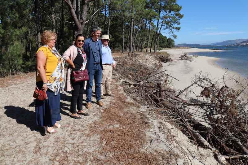 A Subdelegada do Goberno en Pontevedra anuncia na Guarda o inicio dos trámites para a solución dos destrozos no litoral do Río Miño