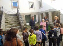 "A Biblioteca Municipal de Baiona celebra o ""Día da Biblioteca"" con carné renovado e coa visita da escritora arxentina Angélica Fontenla"
