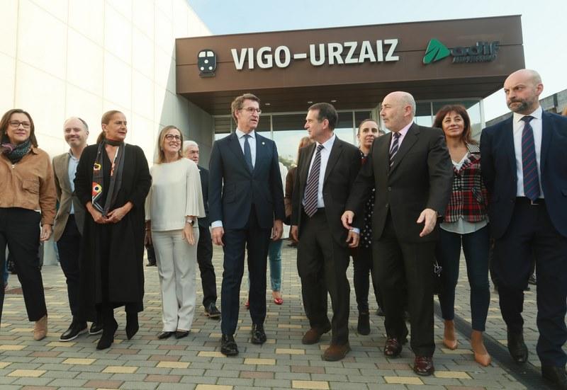 A estación de tren Urzáiz-Vigo acolleu este venres o acto simbólico de inicio das obras da nova estación do AVE