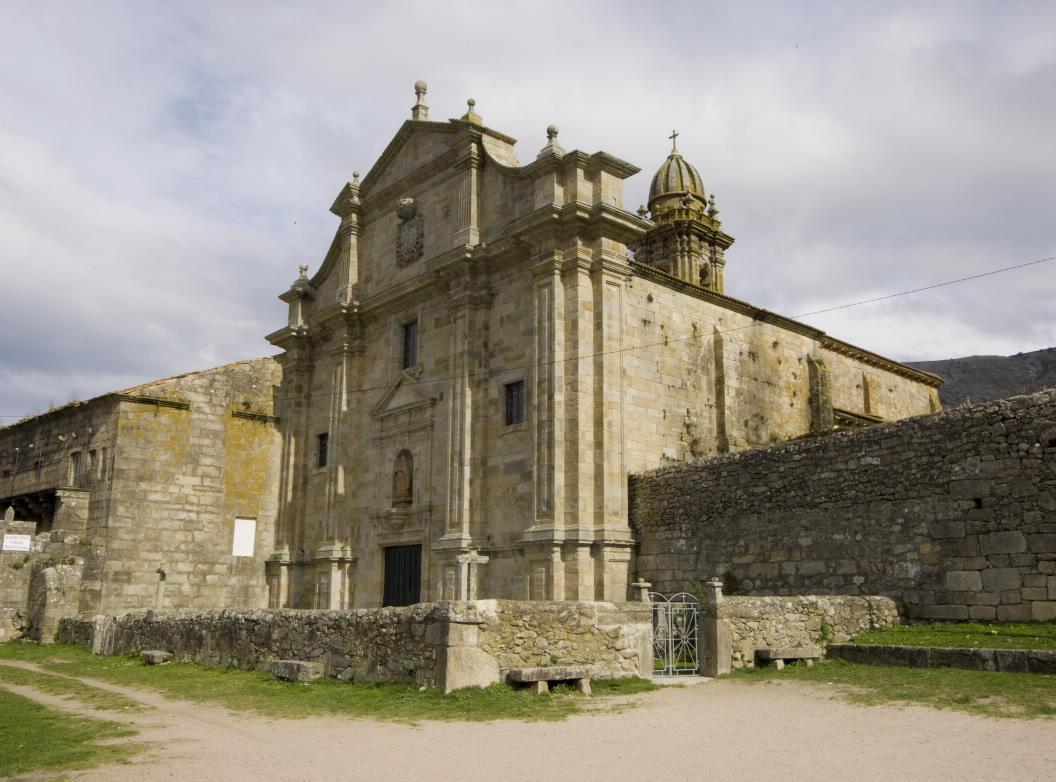 Os trámites para a rehabilitación da igrexa monacal de Santa María de Oia comenzarán proximamente