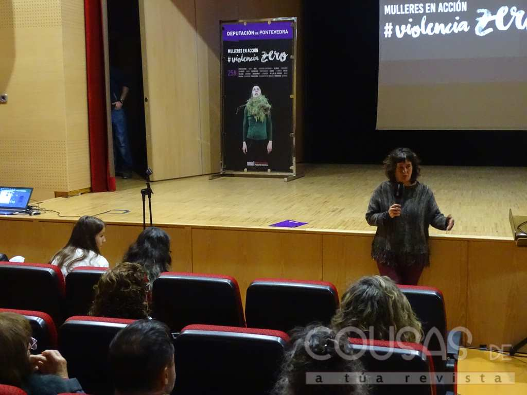 Carmela Silva pechou no Rosal a III edición de #ViolenciaZero