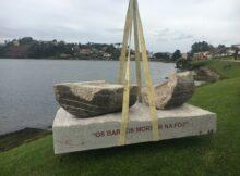 Nigrán estrea dúas novas esculturas encargadas expresamente á Escola de Cantería da Deputación