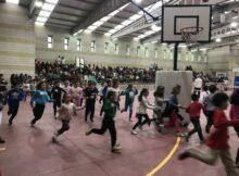 """Centos de escolares de Nigrán participan no Día da Paz na """"Carreira Solidaria"""" organizada polo Colexio de Panxón"""