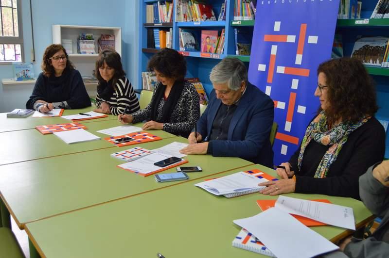 Tomiño e Cerveira piden simplificar os trámites para o desprazamento dos menores de idade na zona da fronteira