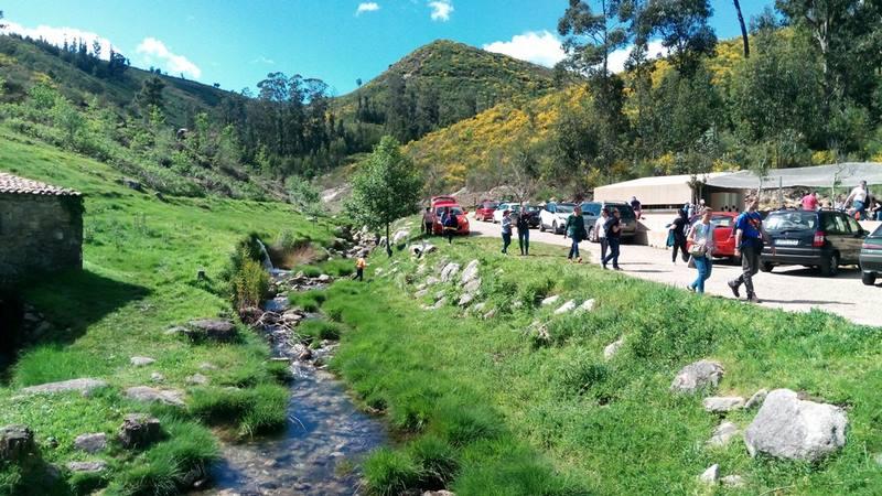 Centos de persoas disfrutaron esta Semana Santa da ruta dos Muiños do Folón e Picón