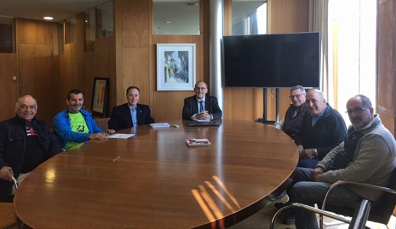 O reitor reuniuse cos responsables da entidade, coa que se asinará un convenio marco