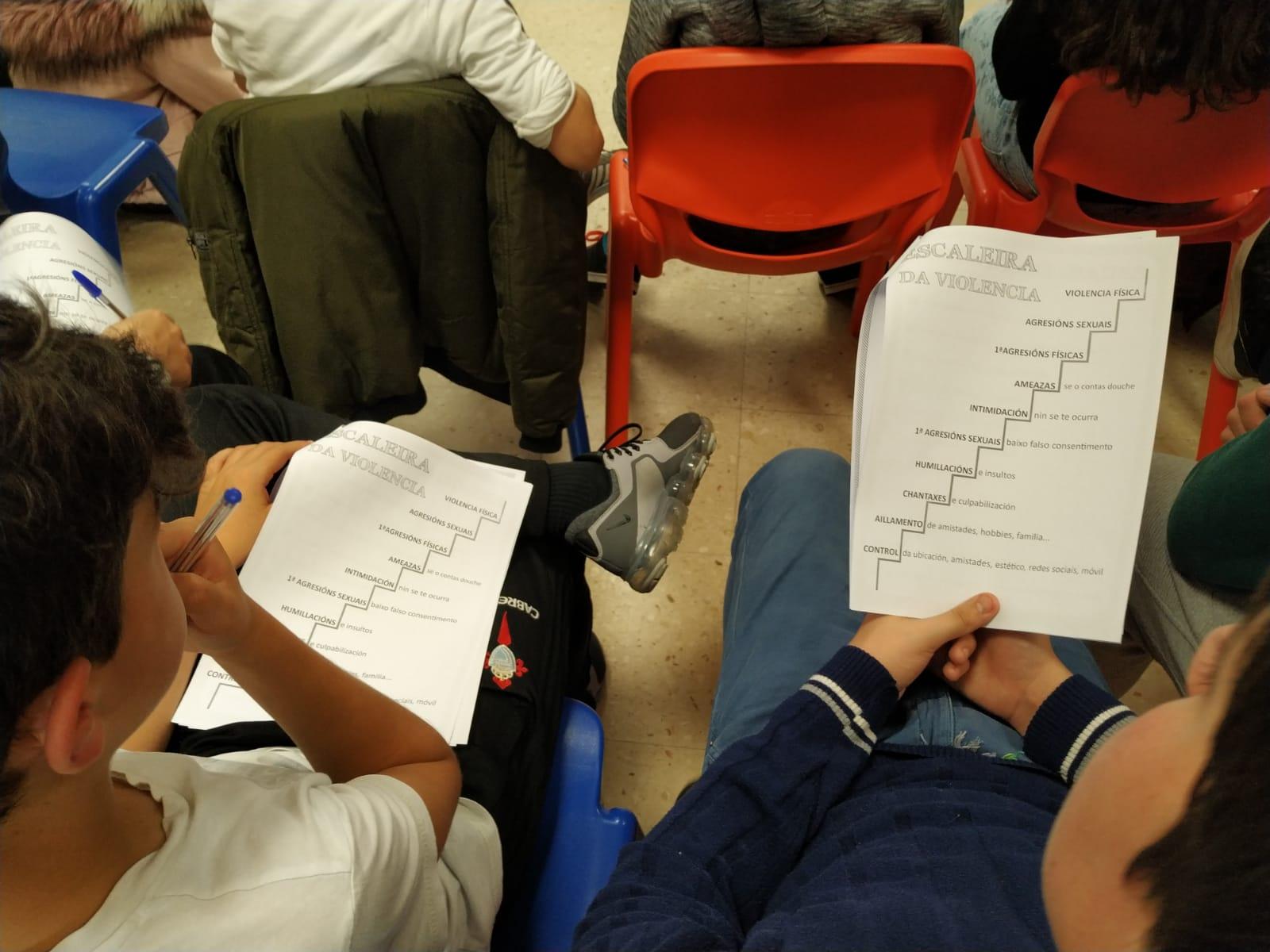 60 mozos e mozas do CPI Suárez Marquier do Rosal participaron no obradoiro 'Outras formas de querer'