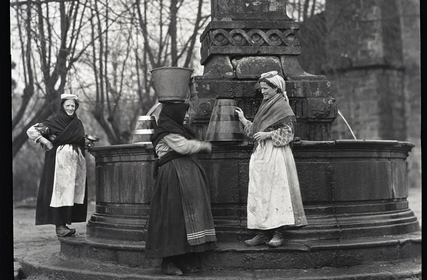 A exposición de fotografías de Ruth Matilda Anderson llegará a O Porriño grazas ao convenio firmado por Abanca, Afundación e o Concello