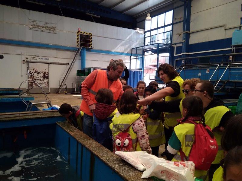 """Una treintena de alumnos de A Guarda disfrutan de la última jornada de """"O Mar na Escola 2019"""""""