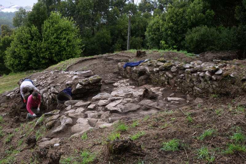 A Guarda promove a Escavación do Cuncheiro do Monte Trega